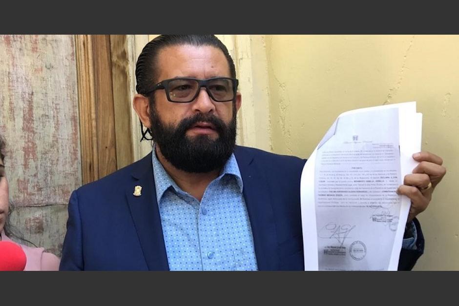 El abogado Otto Gómez ha sido señalado de interceptar y amenazar de muerte a un civil que no le dio vía. (Foto: Archivo/Soy502)