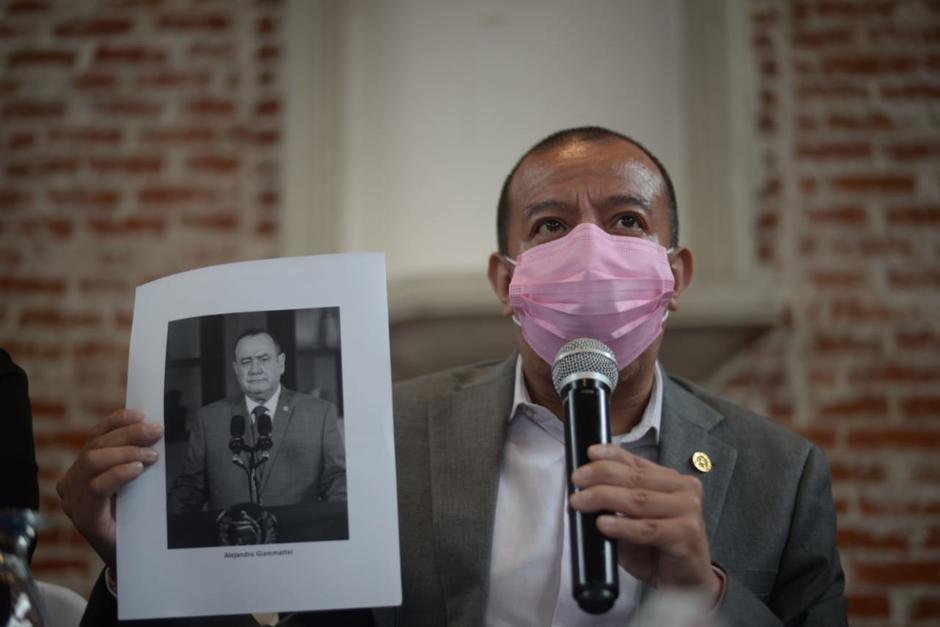 El diputado Aldo Dávila denunció que es víctima de una persecución sistemática por parte del Ejecutivo y allegados al presidente Giammattei. (Foto: Wilder López/Soy502)