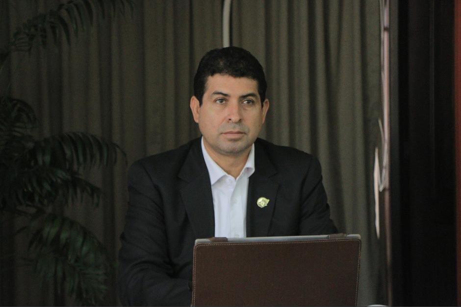 Elmer Hernández estuvo en el cargo durante año 20 meses. (Foto: Twitter/Elmer Hernández)