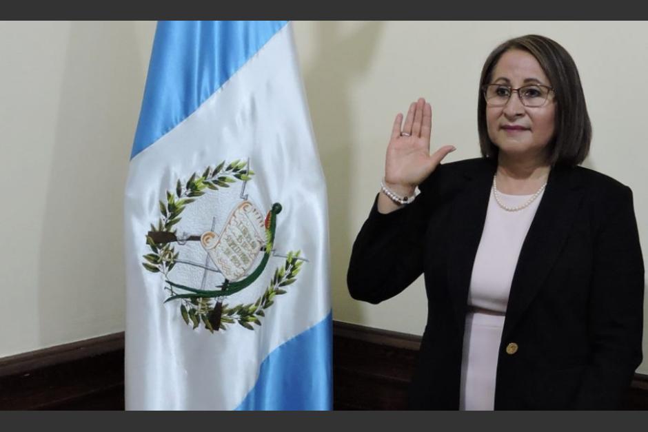 La nueva jefa de la Sesan fue juramentada este lunes. (Foto: Gobierno de Guatemala)