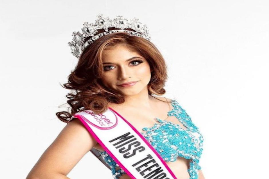 La joven denunció por estafa a los organizadores del certamen, pues ella dice que compró la corona y ni siquiera es adolescente (Foto: Instagram)