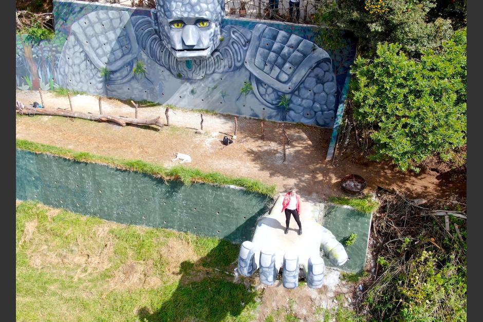 El Coloso fue pintado por artistas de San Juan Comalapa. (Foto: Dron, Sara Melini)