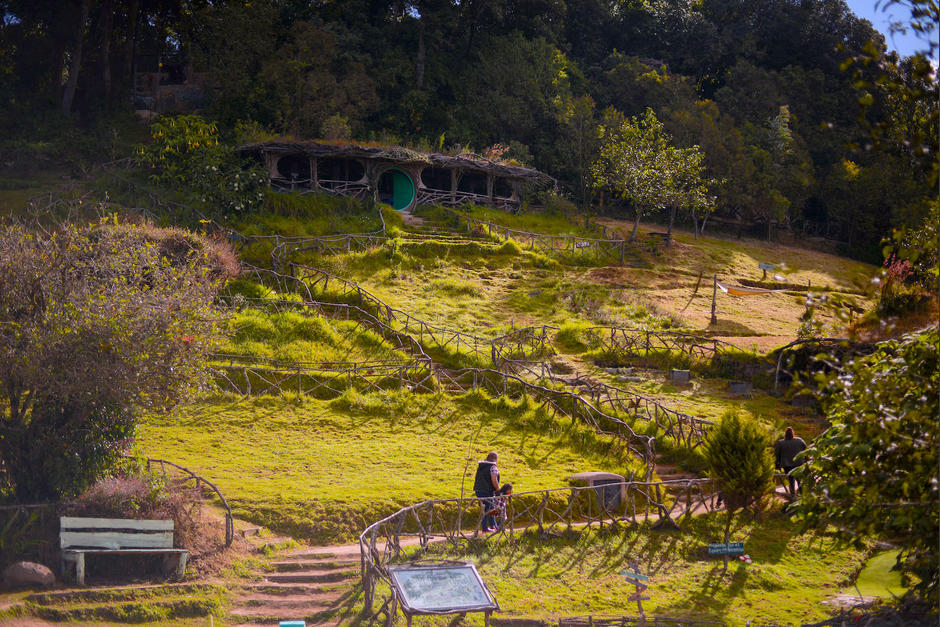 Hobbitenango ofrece empleo a más 100 personas que viven en Vuelta Grande y El Hato. (Foto: Wilder López/Soy502)