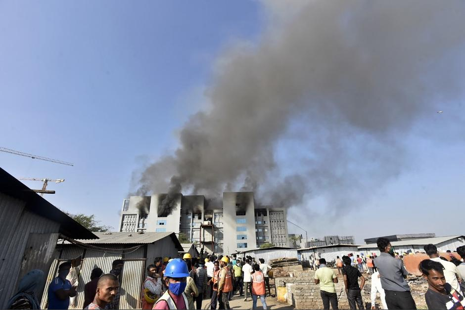 El incendio dejó varios heridos. (Foto: AFP)