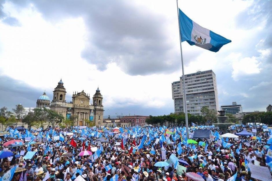 Giammattei desarticuló las instituciones creadas para atender a las víctimas del conflicto y dar seguimiento a los compromisos de Paz. (Foto: Wilder López/Soy502)