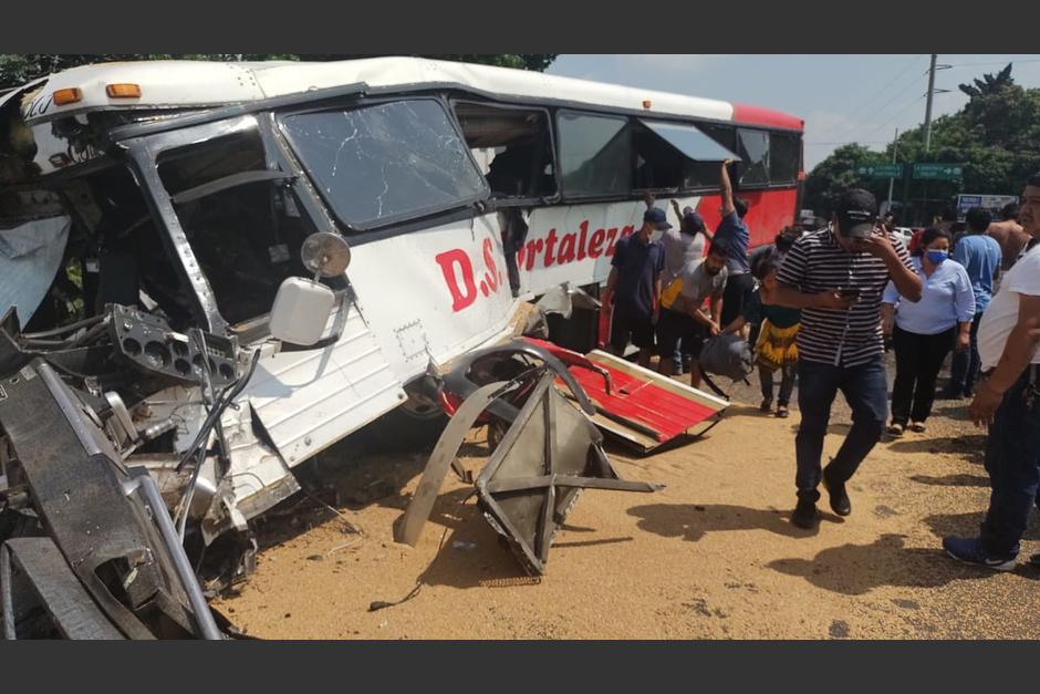 Varias personas resultaron heridas durante el percance. (Foto: Stereo 100)