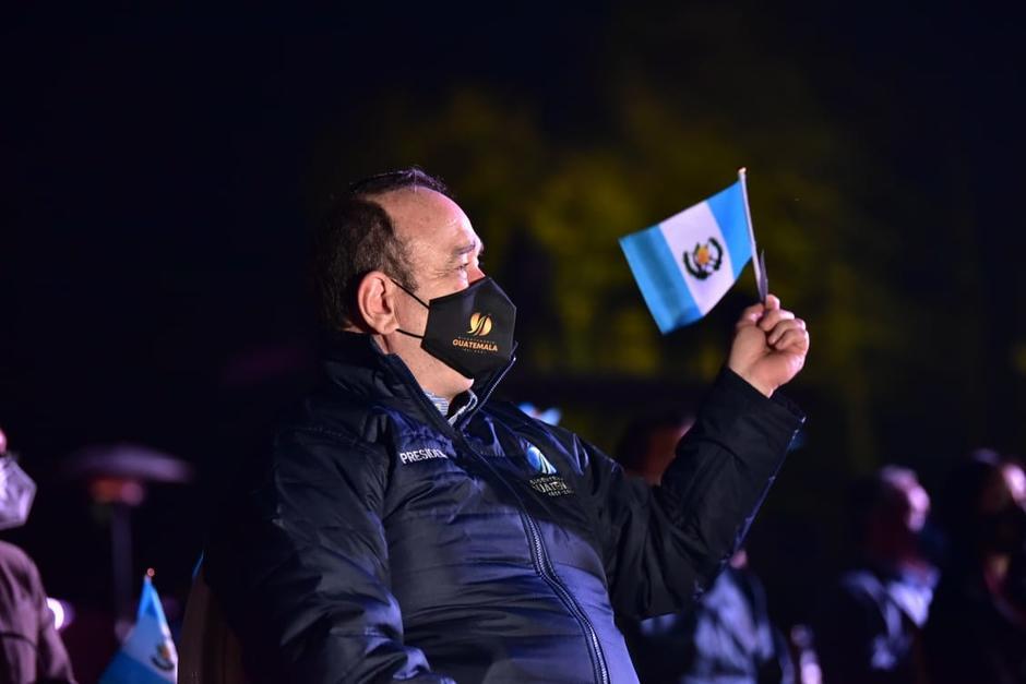 El presidente Alejandro Giammattei participó en la inauguración de los actos para conmemorar el Bicentenario de Independencia de Guatemala. (Foto: Presidencia)