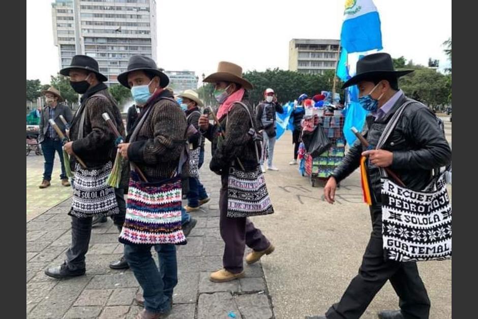 48 Cantones amenazan con manifestar si suben restricciones