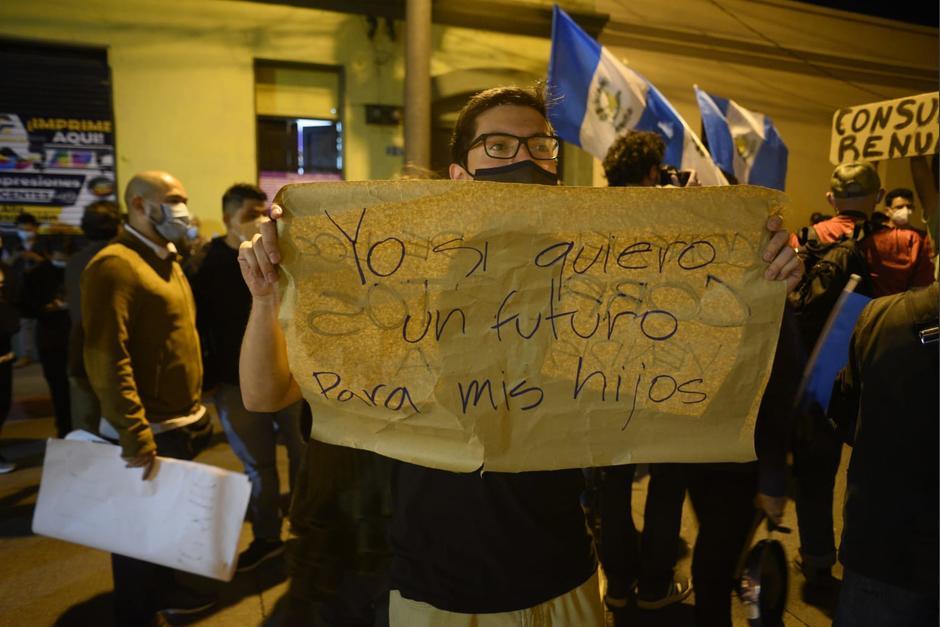 Varios colectivos y personas en redes sociales convocaron para manifestarse este sábado 24 de julio. (Foto: Wilder López/Soy502)