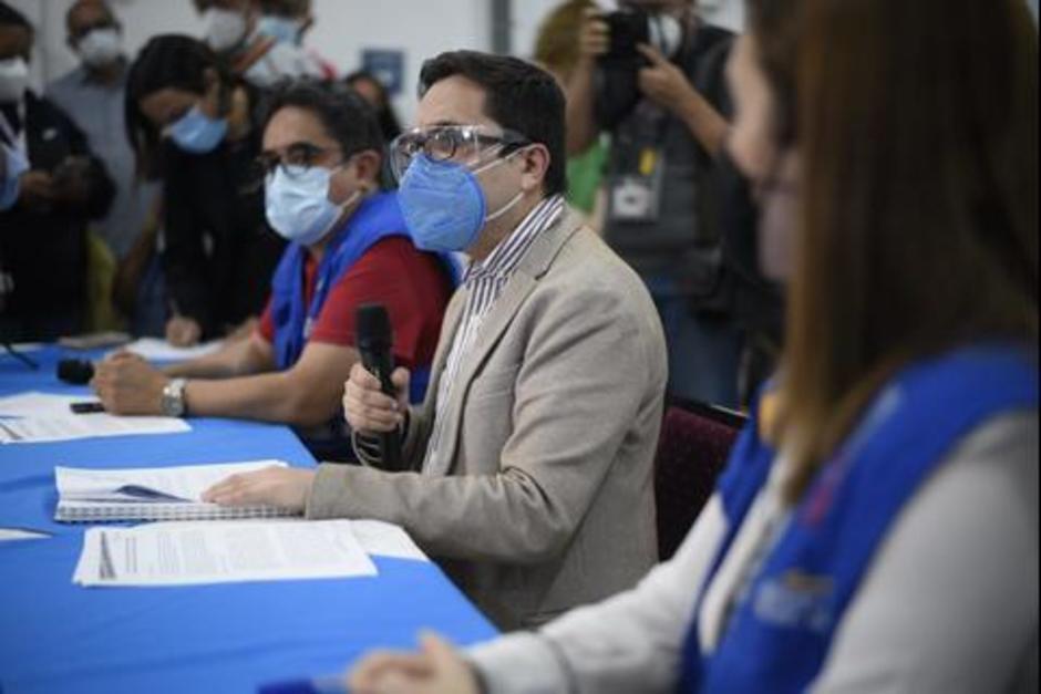 Francisco Sandoval en la conferencia ofrecida la noche de ayer 23 de julio luego de ser destituido de la dirección de la FECI. (Foto: archivo/Soy502)