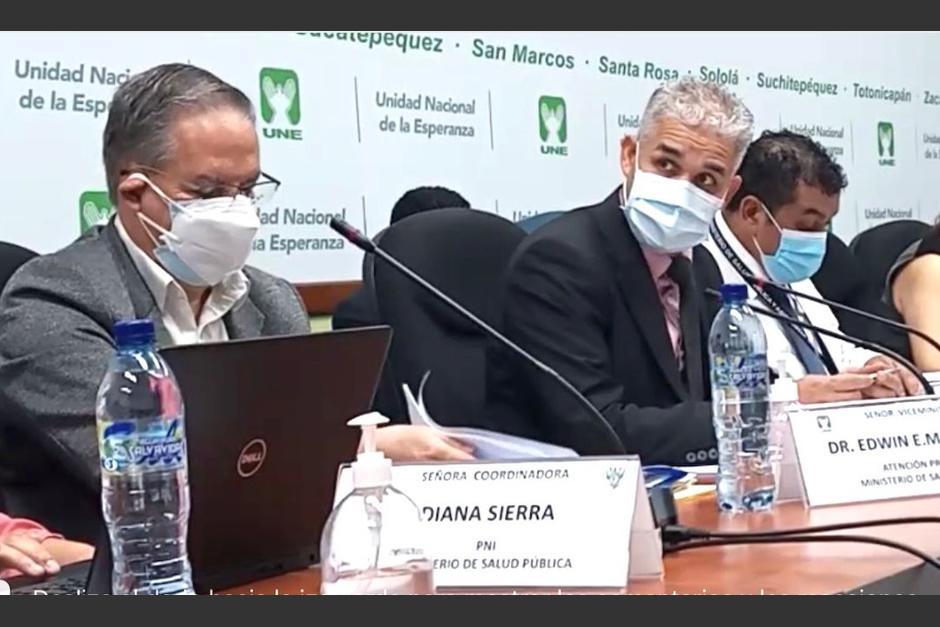 Autoridades del MSPAS acudieron a una citación en la Comisión de Previsión Social del Congreso. (Foto: Bloque UNE)