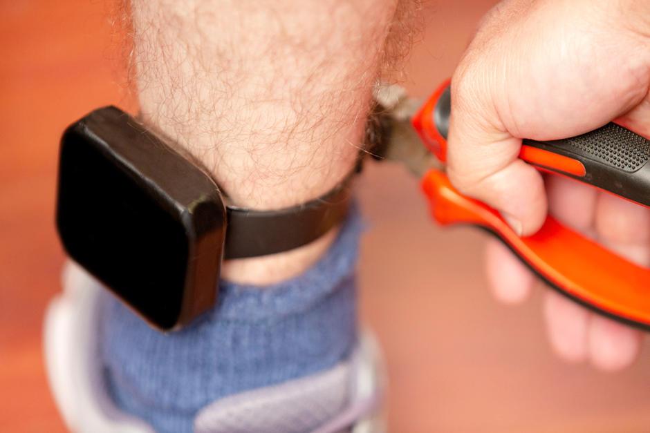 Los brazaletes electrónicos serán una alternativa a ir a prisión. (Foto: Archivo/Soy502)