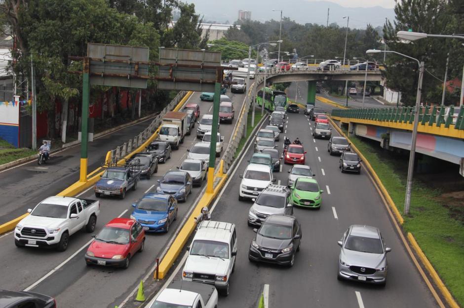 La única entrada para la Usac se está desarrollando en la Petapa.  (Foto: Fredy Hernández/Soy502)