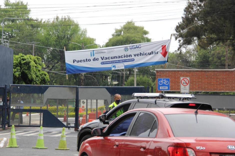 El centro fue cerrado porque se acabaron las vacunas.  (Foto: Fredy Hernández/Soy502)