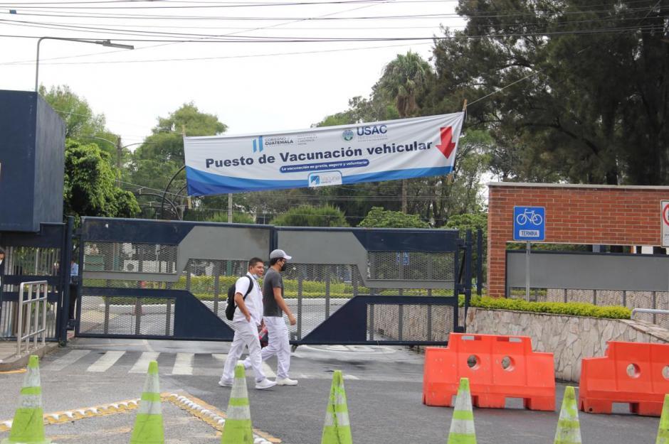 Las autoridades explicaron que las vacunas para hoy ya se colocaron.  (Foto: Fredy Hernández/Soy502)