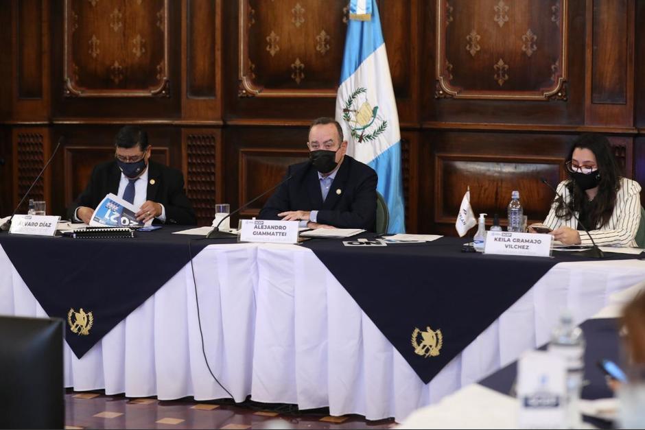 El presidente Alejandro Giammattei se vio obligado a convocar a una reunión extraordinaria del Conadur. (Foto: Presidencia)