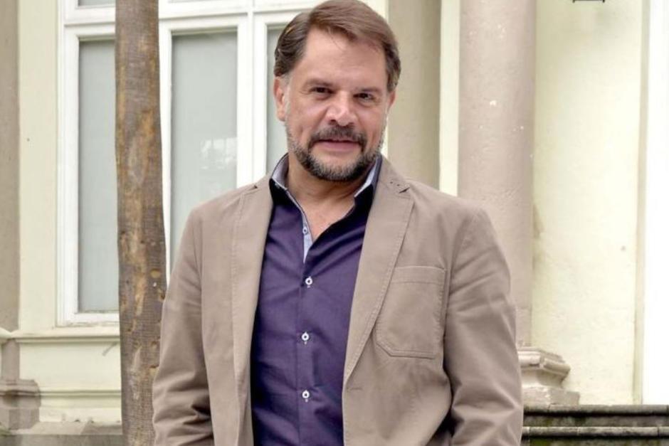 Arrestan al actor Héctor Parra por abuso sexual contra su hija