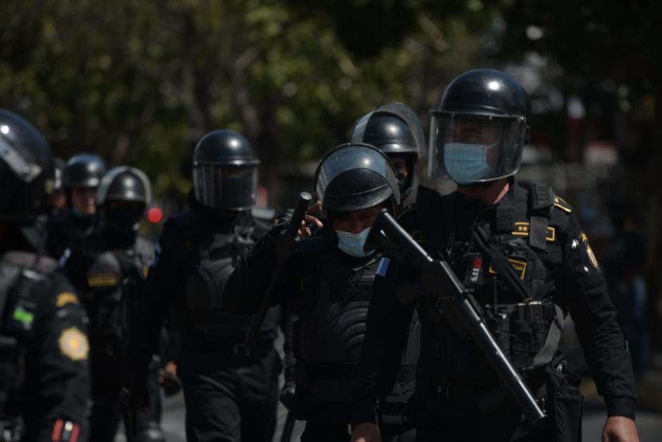 Los Bomberos Municipales reportan heridos. (Foto: Wilder López/Soy502)