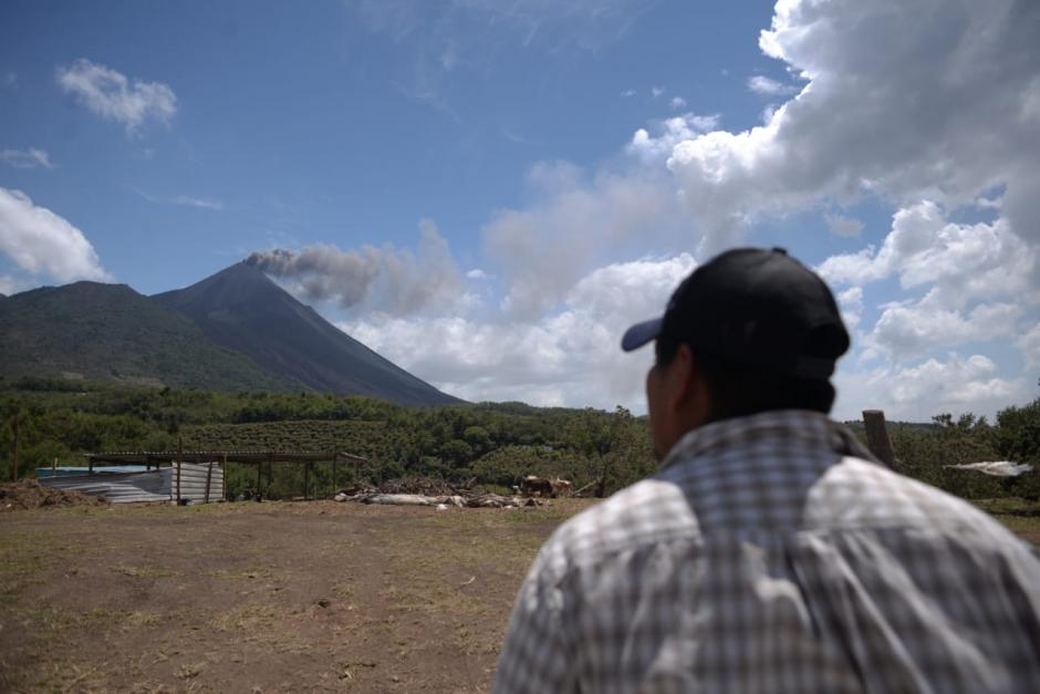 Desde la noche del martes se han registrado explosiones.  (Foto: Wilder López/Soy502)