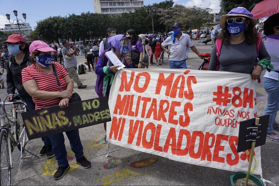 Denuncian el incremento de violencia contra las niñas, adolescentes y mujeres. (Foto: Johan Ordóñez/AFP)