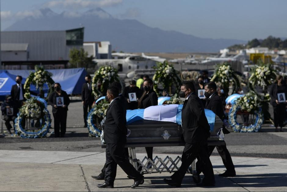 México ha detenido a policías implicados en la masacre, pero las investigaciones no tienen avances. (Foto: Johan Ordóñez/AFP)