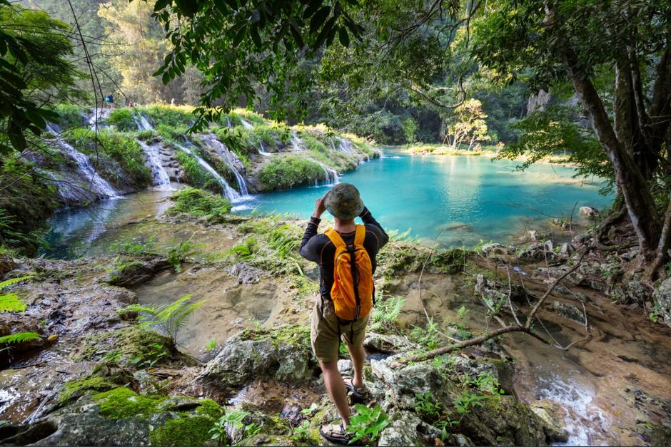 El Inguat llama a los guatemaltecos y extranjeros a visitar los lugares turísticos del país, pese al incremento de casos de Covid-19. (Foto:Shutterstock)