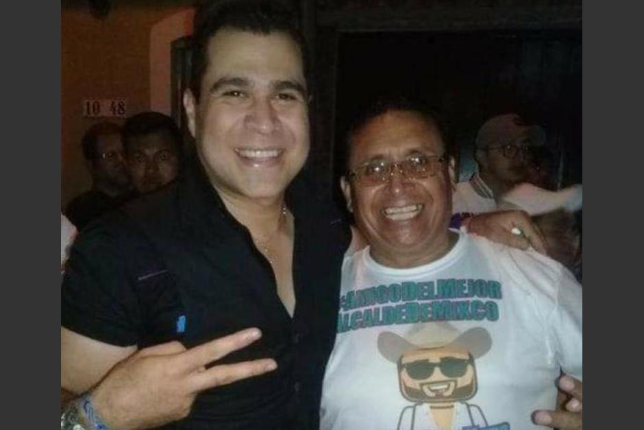 Rolando Moisés Pérez y Neto Bran durante la campaña política del alcalde de Mixco. (Foto: Facebook)