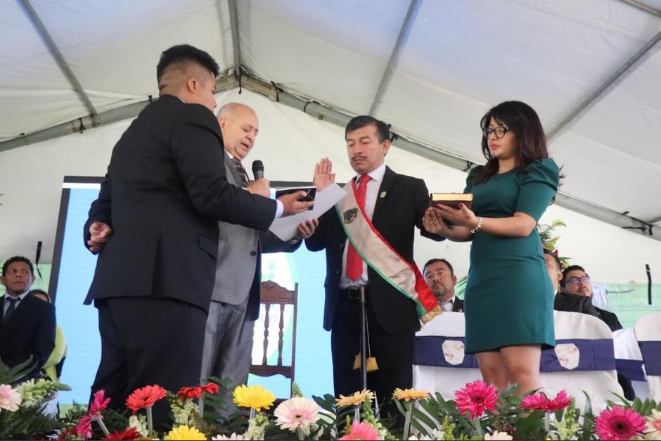 Salud investiga por qué se vacunó al Alcalde de Villa Canales