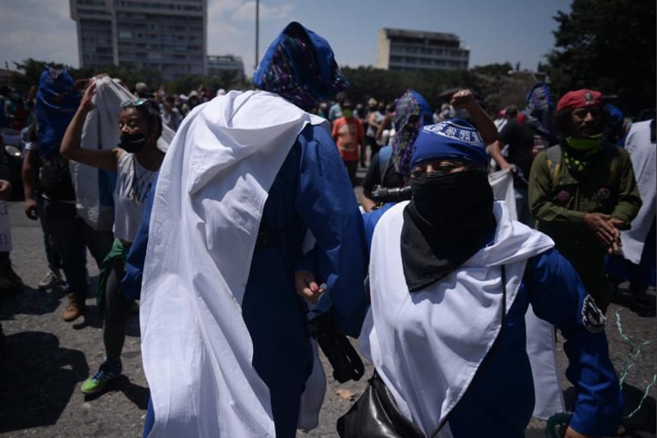 La crítica hacia las autoridades estaba en cada mensaje de los huelgueros. (Foto: Wilder López/Soy502)