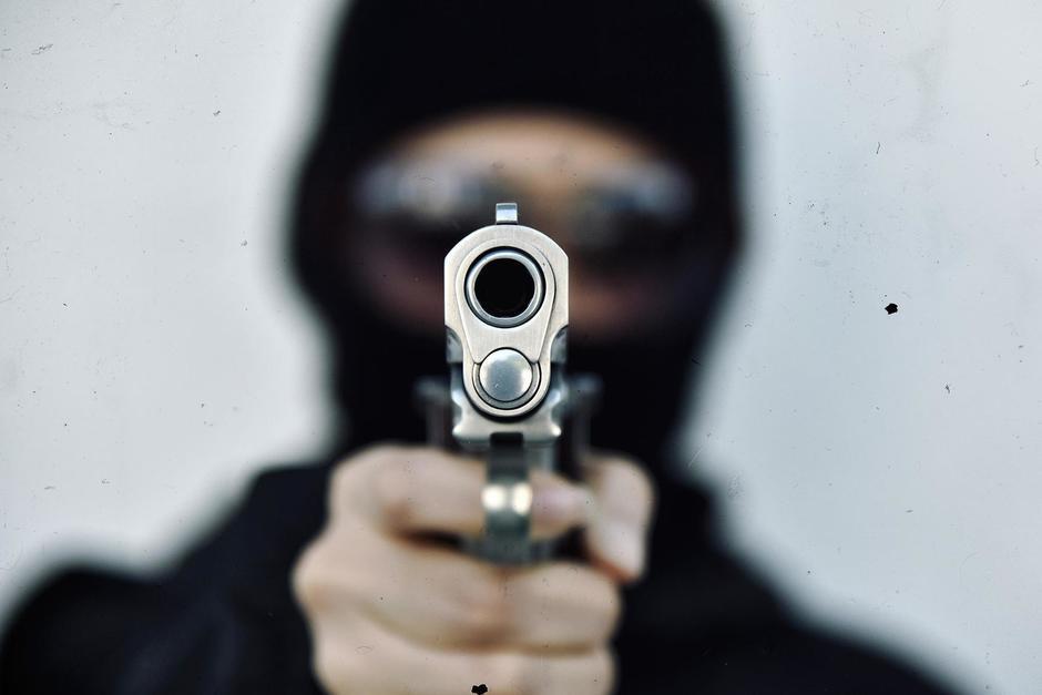 El detenido portaba una pistola de forma ilegal. (Foto: Shutterstock)