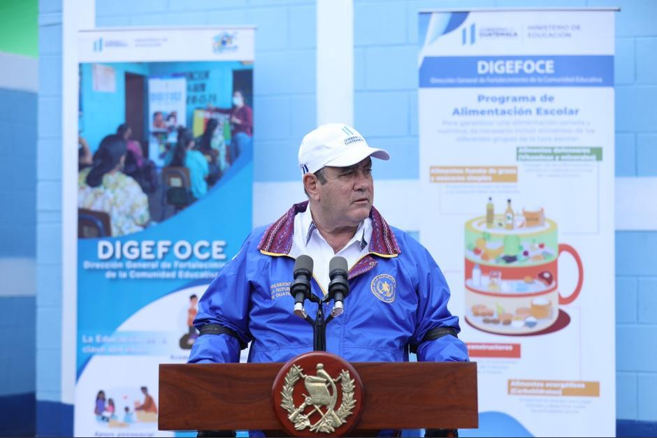 El Gobierno apartará parte de los próximos lotes de vacunas para iniciar a inmunizar a los maestros. (Foto: Gobierno de Guatemala)