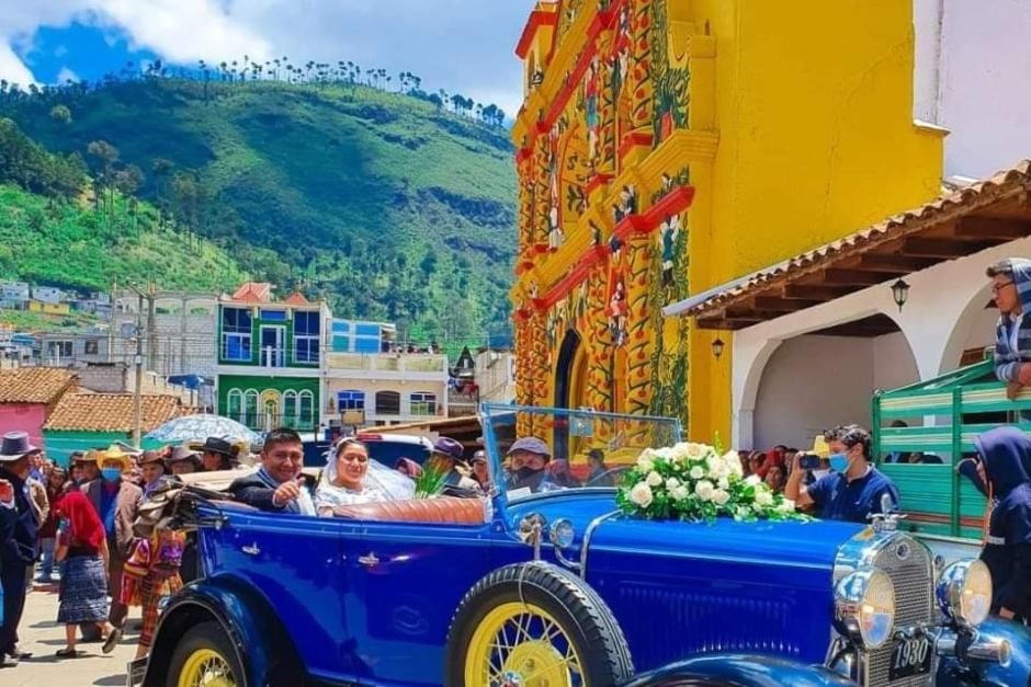 La original boda se realizó en Xecul, Totonicapán. (Foto: Facebook Noticias de Totonicapán)