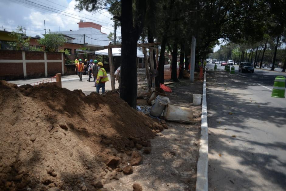 Personal de la Municipalidad cavó cinco pozos para acceder más fácil a las cavernas. (Foto: Wilder López/Soy502)