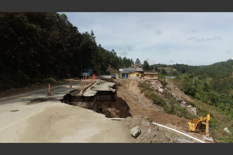 CA1 kilómetro 241 Malacatancito, Huehetenango, dañada durante la temporada de lluvias de este año. (Foto: Conred)