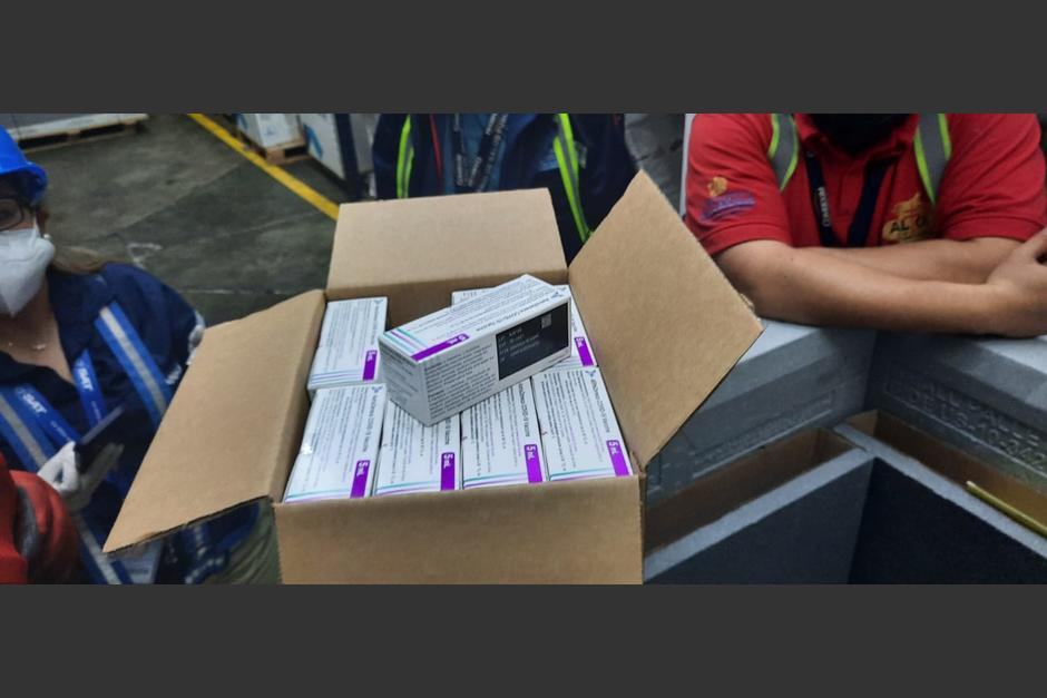 El Gobierno de Canadá donó a Guatemala más de 360 mil dosis de vacunas AstraZeneca. (Foto: Ministerio de Salud)