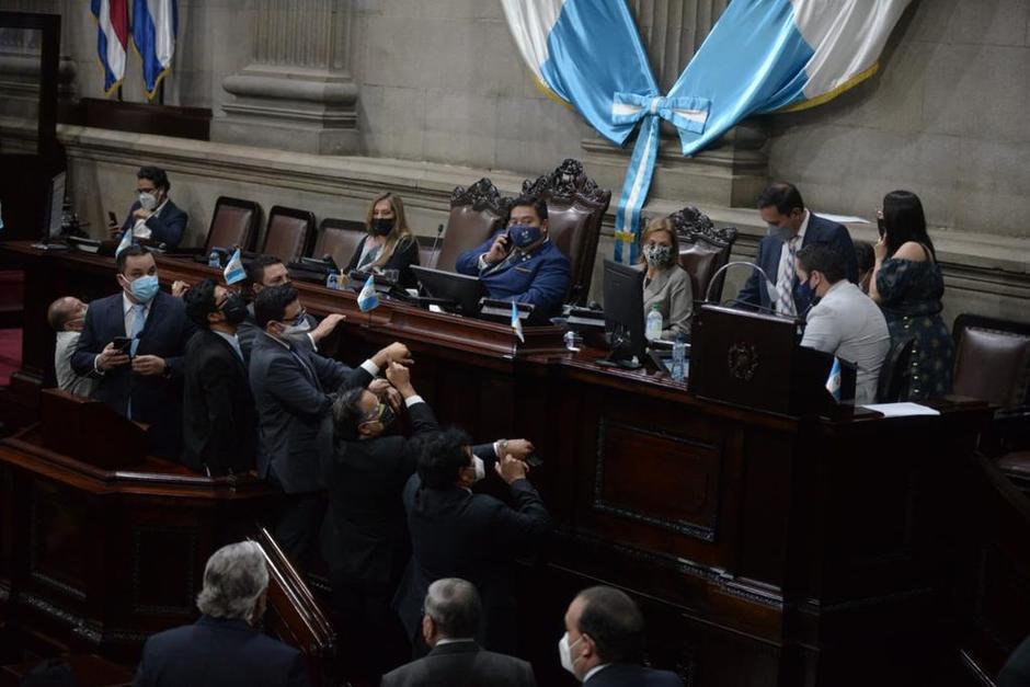 La junta directiva del Congreso tuvo enfrentamientos con los congresistas. (Foto: Wilder López/Soy502)