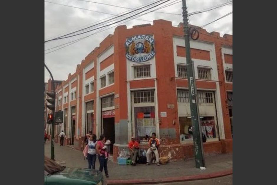 El almacén Los Dos Leones cerrará sus puertas después de 141 años de atender a los guatemaltecos. (Foto: Cortesía)