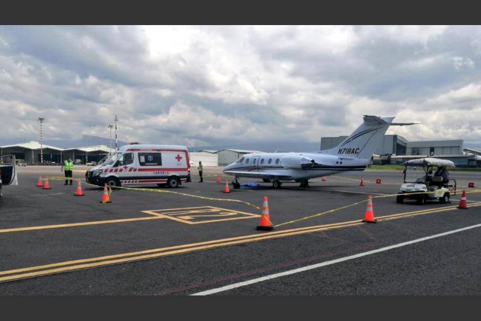 El guatemalteco murió en el Aeropuerto Internacional Juan Santamaría de Costa Rica. (Foto: Cruz Roja Costa Rica)