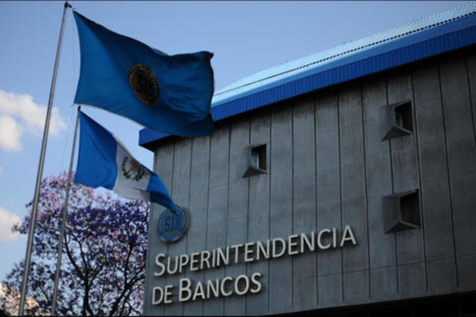 La SIB autoriza a bancos a cerrar el 15 de septiembre. (Foto: archivo/Soy502)