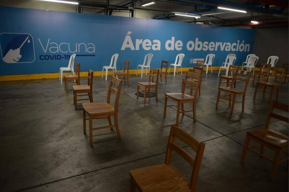 Algunos centros de vacunación en el área rural han recibido a menos de 10 personas. (Foto ilustrativa /archivo Soy502)