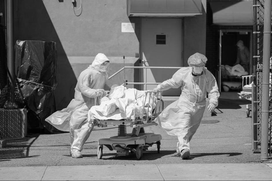 La cantidad de personas que mueren a causa del coronavirus se incrementó en las últimas semanas. (Foto: archivo/Soy502)