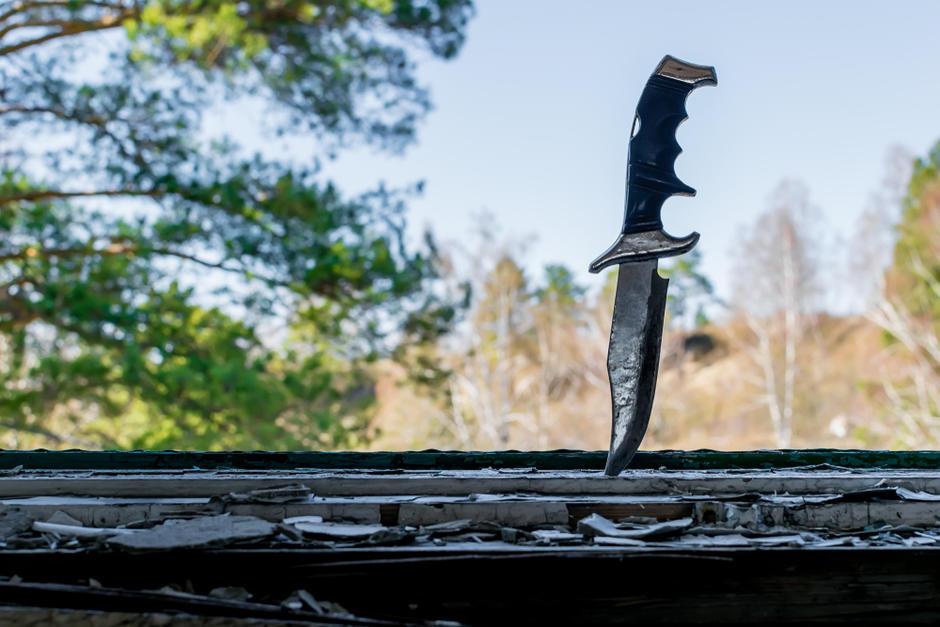 Un hombre confesó haber descuartizado y abandonado en una fosa séptica los restos de la actual pareja de su exconviviente. (Foto: Shutterstock)