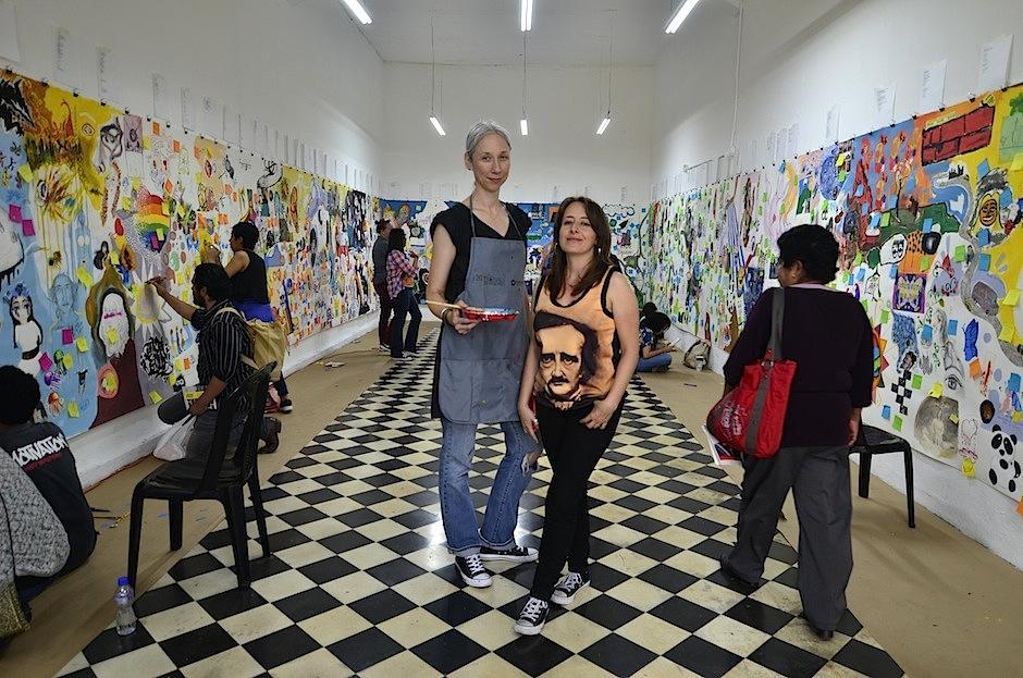 Las obras incluyen a los visitantes en ellas. (Foto: Selene Mejía/Soy502)