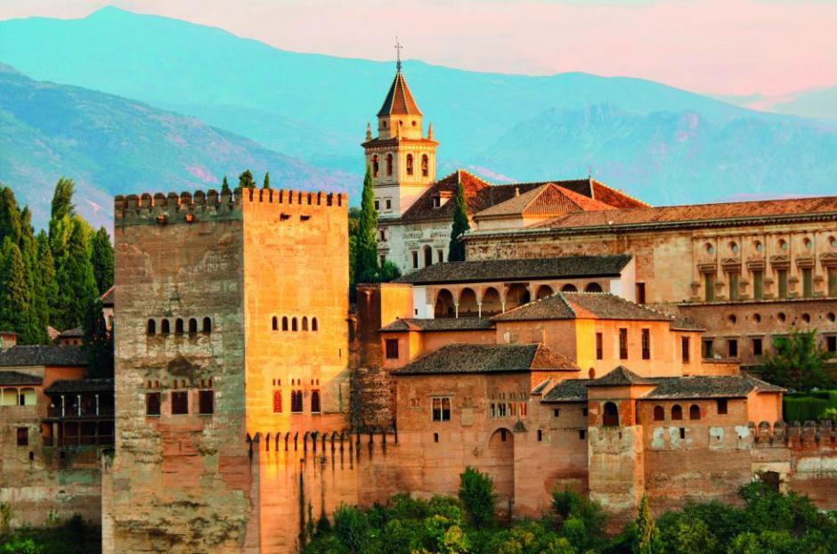 La Alhambra en España, la mayor hermosura del arte islámico en el mundo. (Foto: El País)