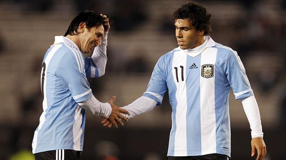 Con Messi pero sin Tevez foto