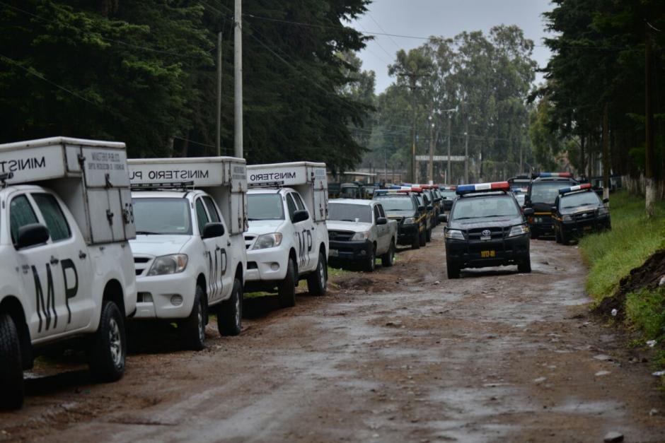 La requisa fue realizada por personal del MP, PNC, Ejército y Presidios. (Foto: Wilder López/Soy502)