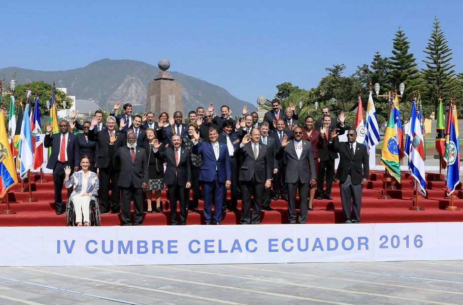 El primer viaje del presidente fue a la cumbre de la Celac en Quito, Ecuador. (Foto: Flickr Gobierno de Guatemala)