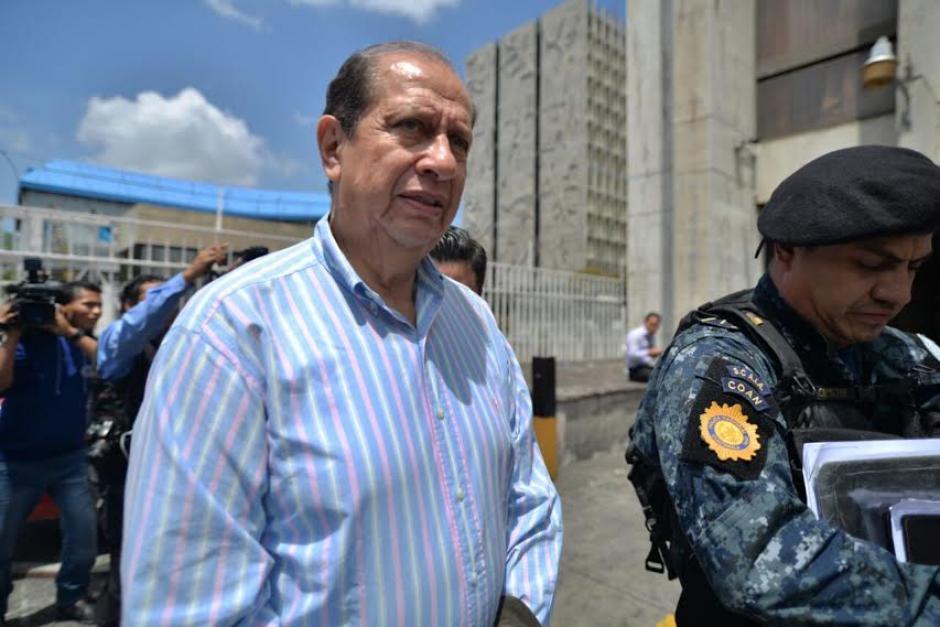 El exdirector del Congreso fue trasladado hacia el cuartel de Mariscal Zavala. (Foto: Wilder López/Soy502)