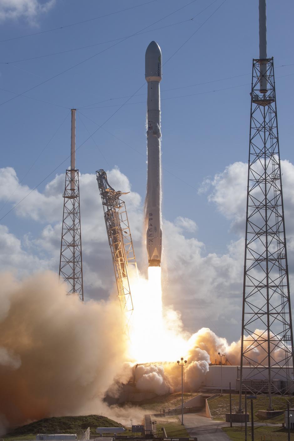 La misión es colocar en órbita el satélite de telecomunicaciones tailandés Thaicom 8, (Foto: SpaceX)