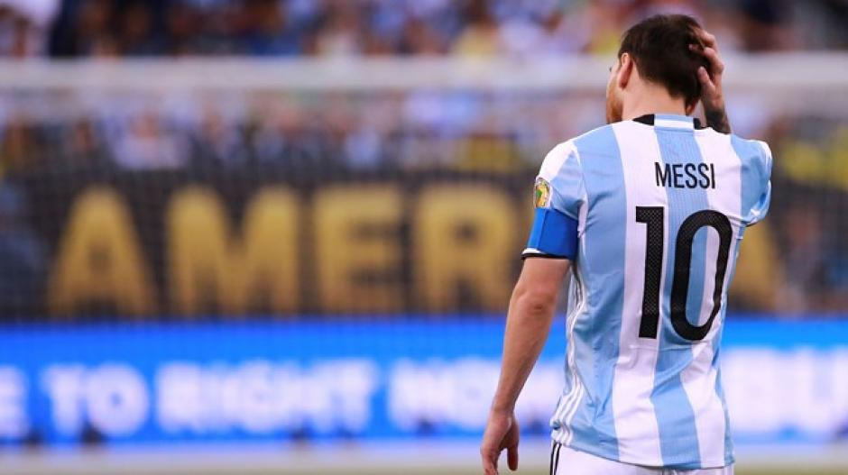 Lionel Messi dice adiós foto